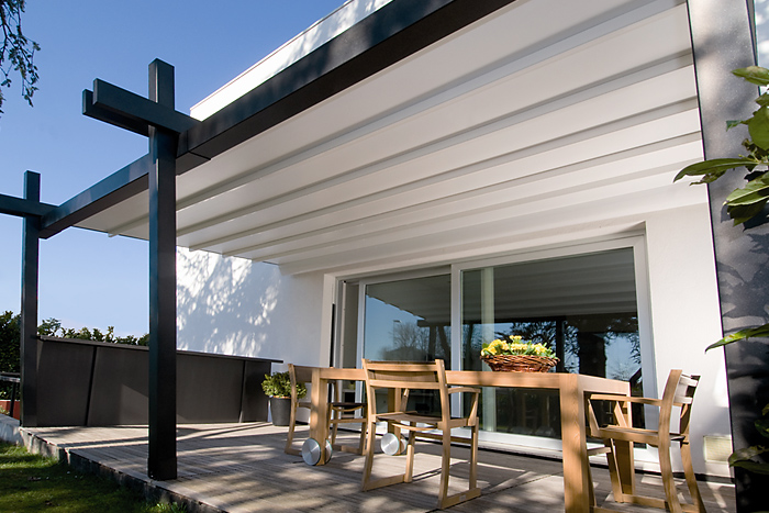 pergola sunrain. Black Bedroom Furniture Sets. Home Design Ideas